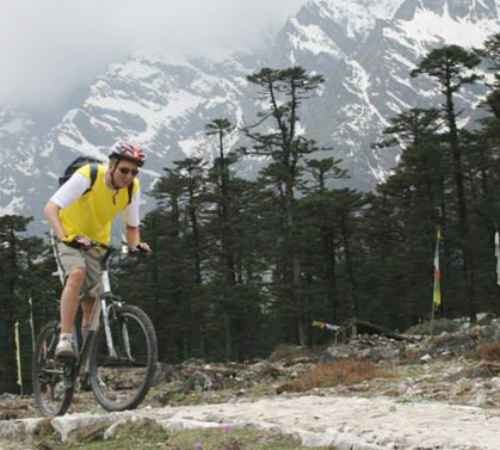 Himalayan Cycling Tour